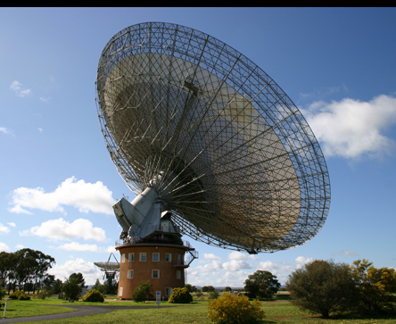 Vew of the dish at Parkes Observatory