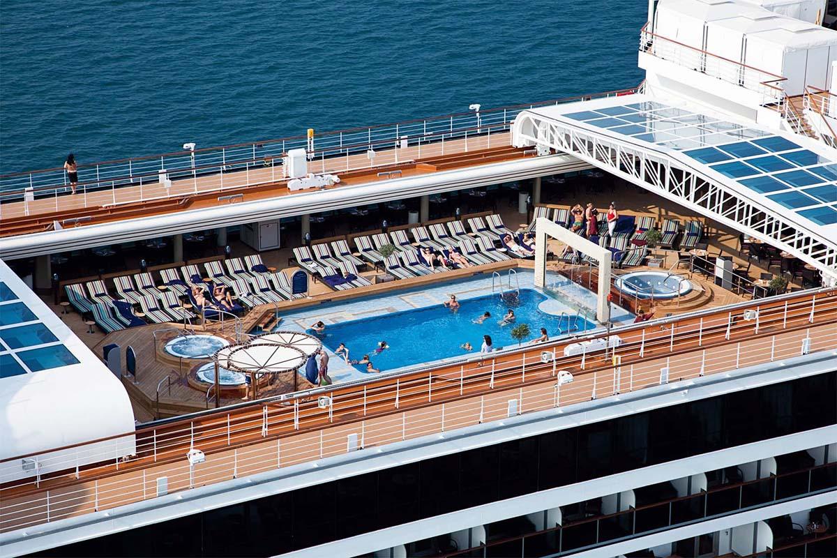 Times Journeys Large Ship Cruising Panama Canal Cruise Nieuw Amsterdam Info